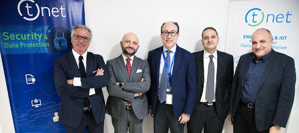 Nuovi Azionisti QuaeNet Inc e Ignitus - Al centro Francesco Mazzola CEO T.net